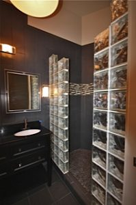 remodeled bathroom in downtown knoxville apartment